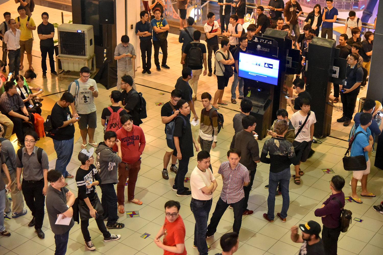final-fantasy-xv-malaysia-launch-berjaya-times-square-gsc-maxx-sony-square-enix